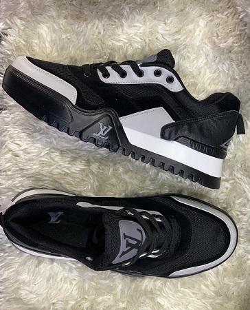 chaussure louis Vuitton