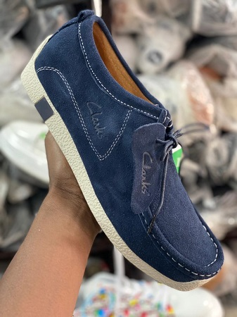 chaussure clarks'-homme